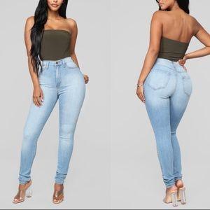 !! Fashion nova classic high waist skinny jeans !!